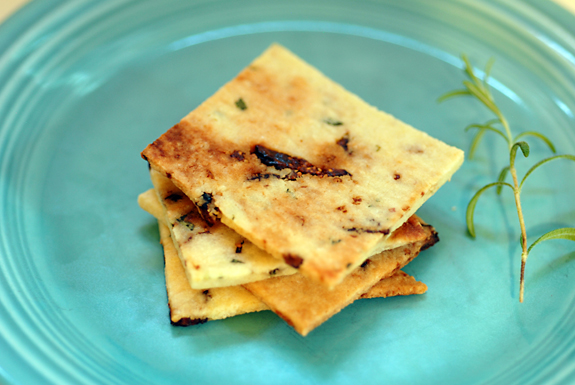 Fig rosemary crackers