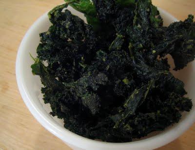 Wasabi-garlic raw kale chips