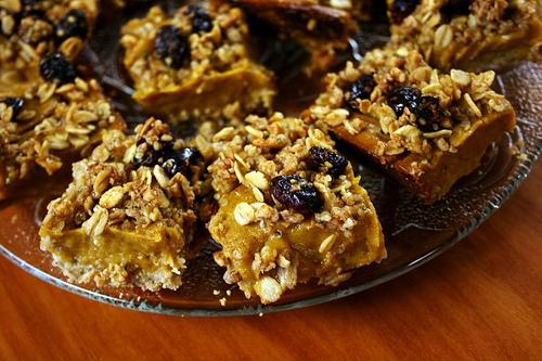 Sweet potato crumble bars