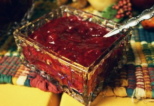 Guilt-Free Apple-Cranberry Sauce
