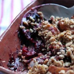 Sugar-free pear berry crisp